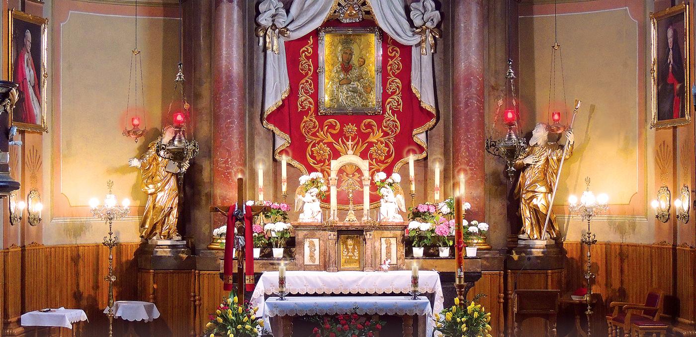 ołtarz w kościele pw Narodzenia NMP w Inwałdzie